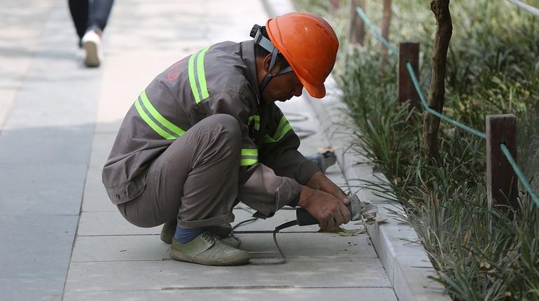 рабочий стройка строитель мигрант