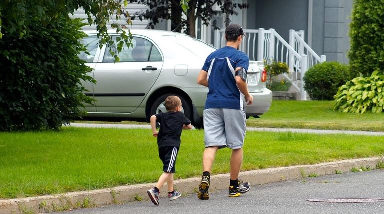 семья зож бег дети ребенок
