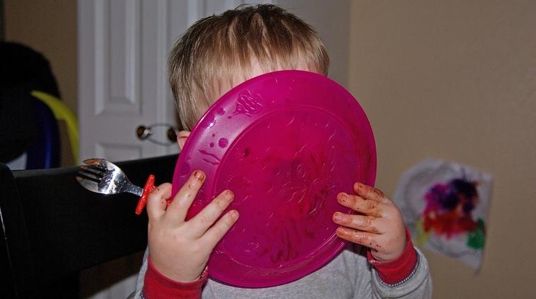 еда столовая суп ребенок дети
