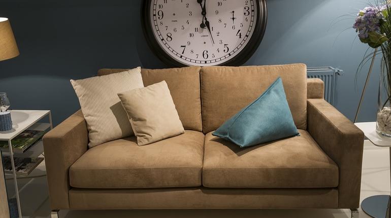 дом отдых диван