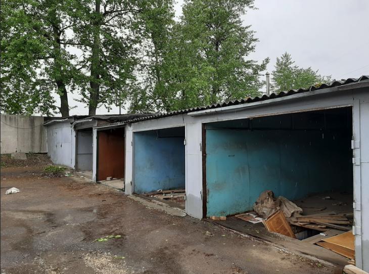 Гаражи в районе Москворечье-Сабурово. Фото предоставлено жителем района