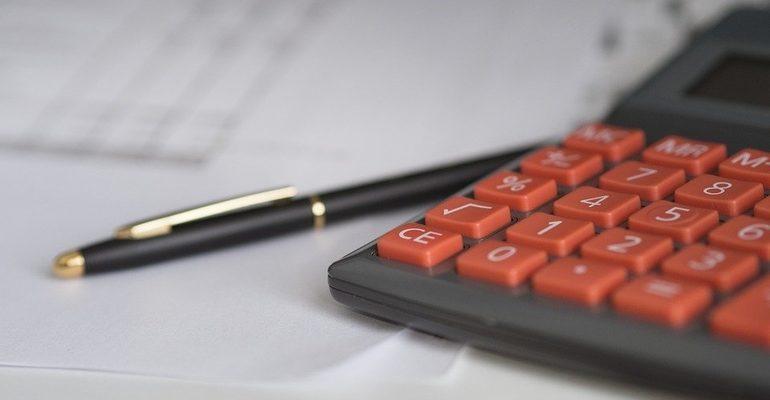 страховка бизнес калькулятор налоги