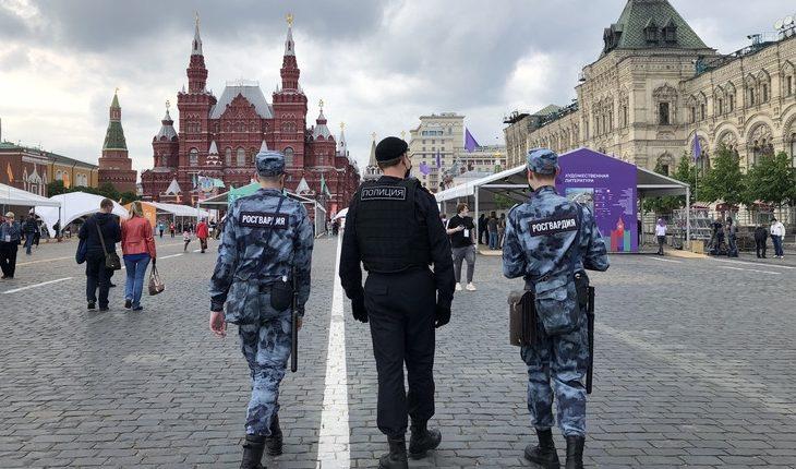 полиция росгвардия красная площадь