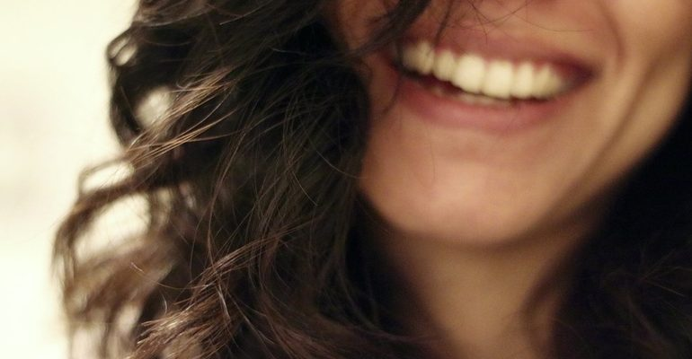 смех улыбка счастье радость щекотка