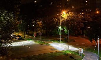 Дептранс установил специальные фонари на пешеходных переходах в районе строящейся станции метро «Стахановская»