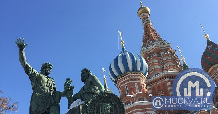 """Памятник Минину и Пожарскому. Фото: """"Москва.ру""""/Анна Ледовских"""