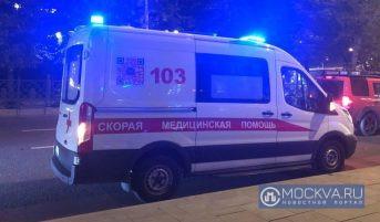 В Молодцовском проезде мужчина за рулем иномарки разбился насмерть, влетев в дерево