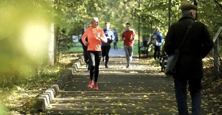 забег прогулка парк здоровье