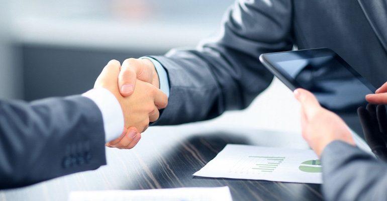бизнес сделка договор работа рукопожатие