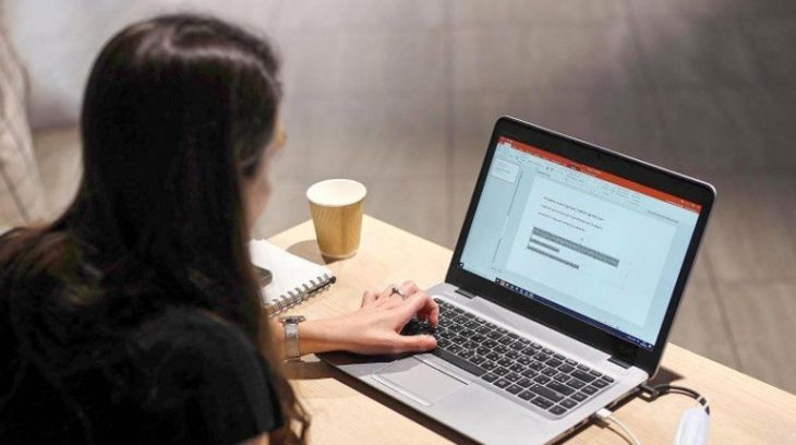 ноутбук технологии бизнес работа учеба студент