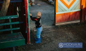 В Москве росгвардейцы вернули пропавшего 4-летнего мальчика родителям