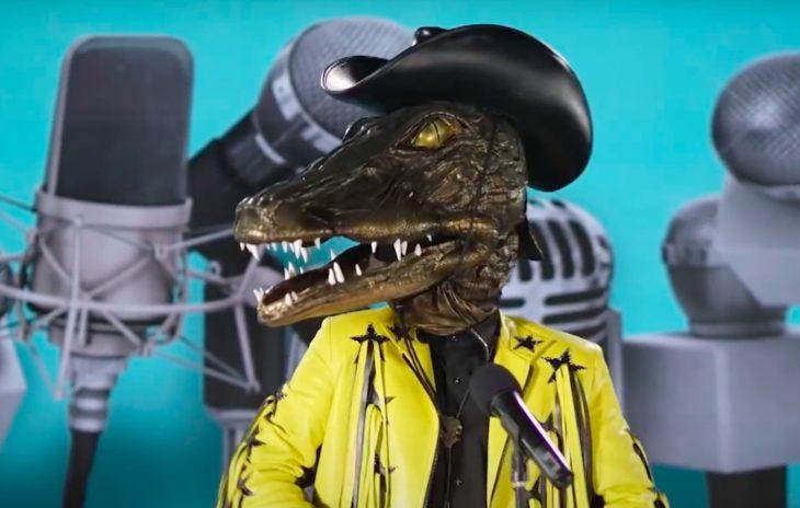 Крокодил маска
