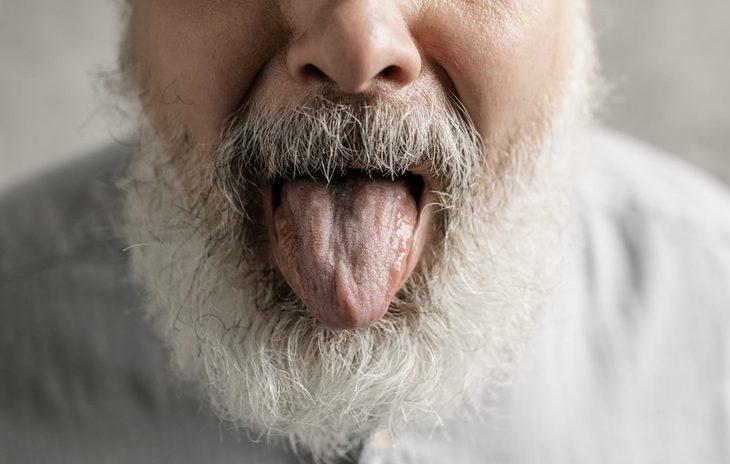 язык пенсионер рот радость