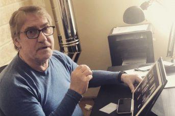 В ГИТИСе рассказали о состоянии подключенного к ЭКМО артиста Гаркалина
